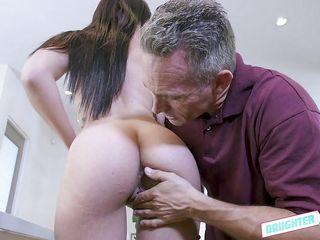 Порно онлайн ебут зрелых мамаш